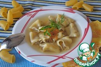 Испанский рождественский суп из фаршированных макарон