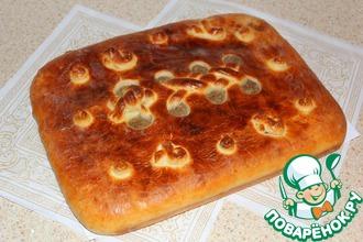 "Пирог луково-мясной ""Шнуровка"""