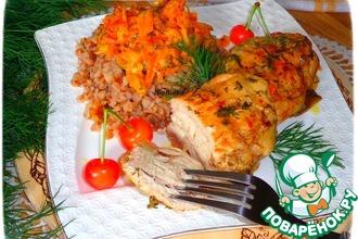Куриные бедра в сметанно-овощном соусе