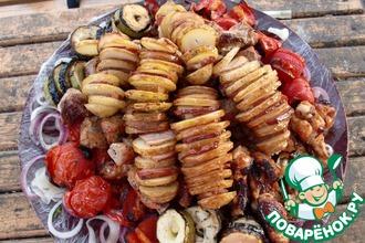 Шашлык из картофеля с беконом