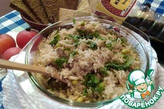 Запеченный рис с грибами и зеленым горошком