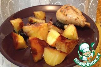 Жареная картошка с карамелью и черносливом