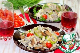 Теплый салат с перловой крупой