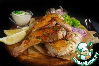 Цыпленок тапака №1 со сметанным соусом