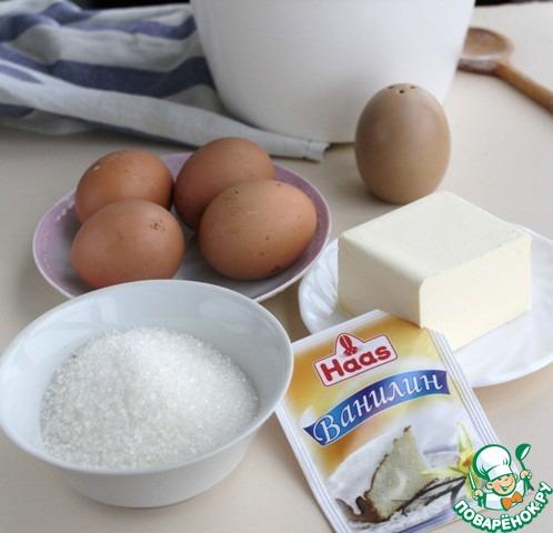 Масло сливочное размягченное, сахар, соль, ванилин растереть деревянной ложкой, постепенно ввести по одному яйца, тщательно размешать.   Можно все сделать с помощью миксера.