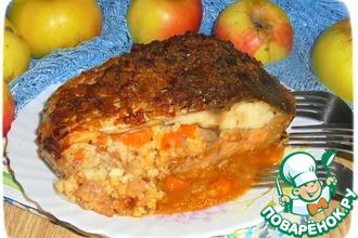 Карп с пшеном и яблоками