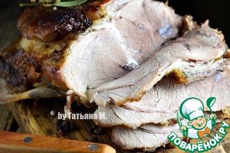 Запеченная свинина на кости