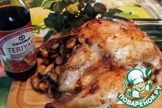 Курица, фаршированная фасолью и грибами