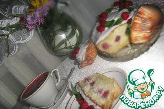 Бисквитный малиновый кекс
