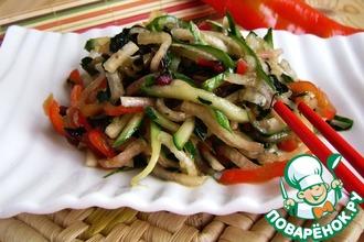 Острый салат с жареной свекольной ботвой