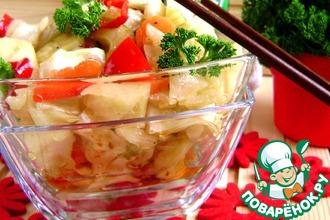 Острая капуста с овощами