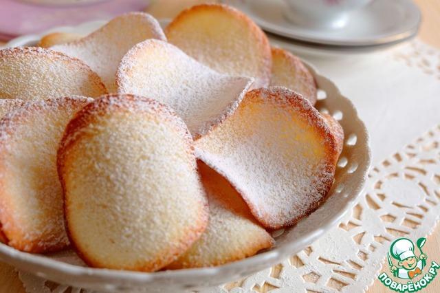 """Готовое печенье посыпать сахарной пудрой ТМ """"HAAS"""".        Приятного чаепития!"""