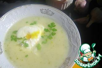 Картофельно-чесночный суп с кинзой