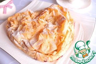 Пирог из теста фило со сливами