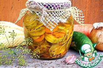 Маринованный салат из огурцов в микроволновке