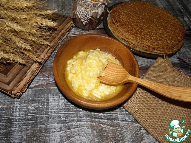 Подавать помакушки к любым несладким блинам: пшеничным, ржаным, овсяным, гречневым.