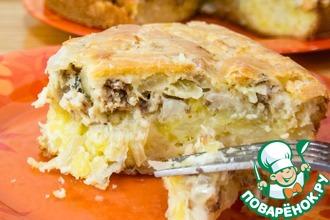 Заливной пирог с картофелем и сайрой