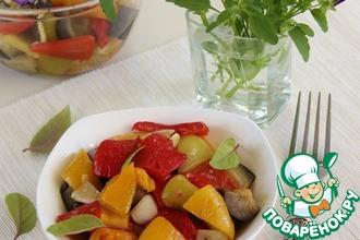 Салат из запеченного перца с баклажанами
