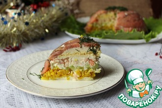 Салат-торт из риса и рыбы