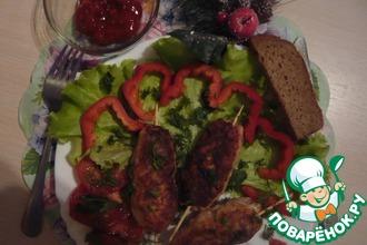 Ароматное рубленое мясо на шампурах