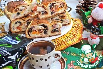 """Пирог """"Улитка""""с маслинами и сыром"""