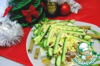 Новогодний салат с запеченной куриной грудкой