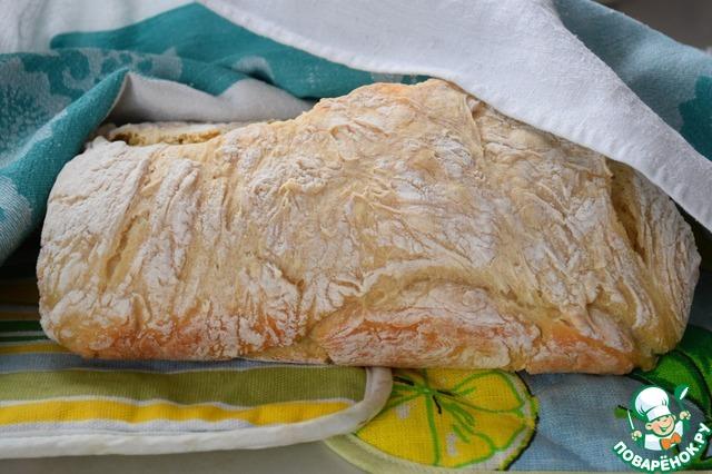 Расстаивать хлеб не надо. Сразу ставим форму с хлебом в разогретую до 200°С духовку на 55-60 минут. Ориентируйтесь на свою духовку! Готовый хлеб заворачиваем в полотенце и даем полностью остыть.