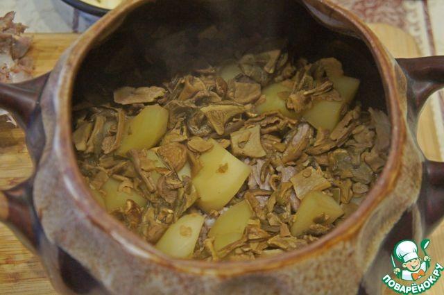 Картофель с грибами,