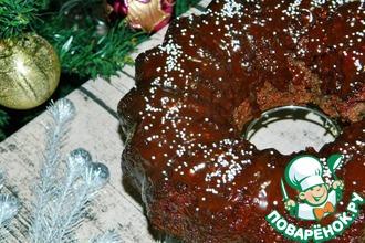 Праздничный кекс с вишней и орехами