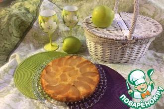 Манник-перевертыш с яблоками и карамелью