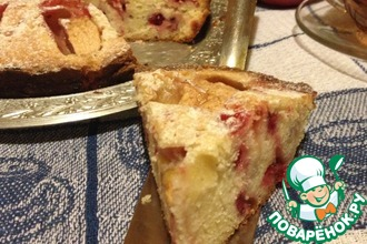 Бретонский пирог с клюквой и яблоками