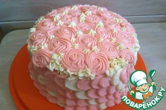 Торт с клубничной начинкой