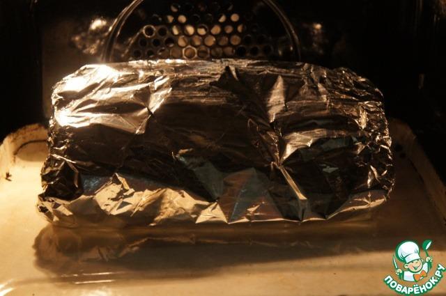 Запечь в горячей духовке до готовности, примерно 30 минут.