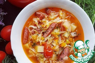 Суп с колбасками и молодой капустой