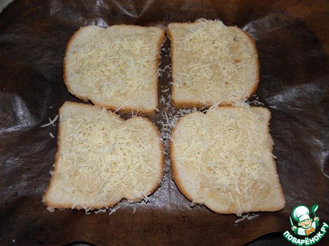 Посыпаем сыром (я тру на мелкой терке)