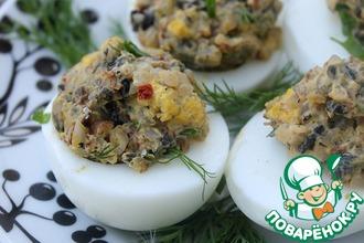 Яйца, фаршированные гречкой и грибами
