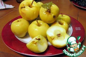 Мочёные яблоки с мёдом и специями