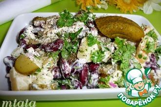 Картофельный салат с фасолью и огурцами