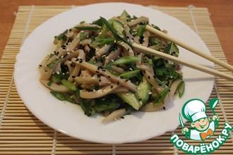 Салат из кальмаров в азиатском стиле