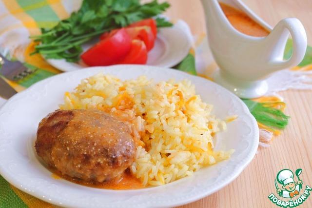 На гарнир можно подать: картофельное пюре, картофель фри, отварной картофель, рис, гречневую и гороховую каши, тушеные овощи. Готовое блюдо полить соусом.       Приятного аппетита!