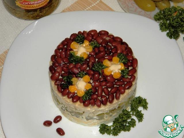 Можно украсить по желанию и подавать к столу!   Салат получается свежий, хрустящий, ну очень вкусный!