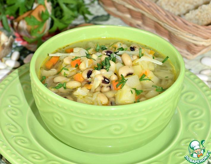 Капустный суп с фасолью