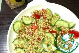 Сыроедческий салат с пророщенной зелёной гречкой