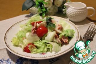 Лёгкий салат с тунцом и моцареллой