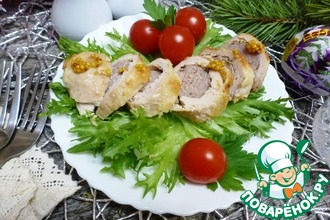 Куриные рулеты с домашними колбасками
