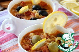 Суп солянка с копченостями и перловкой