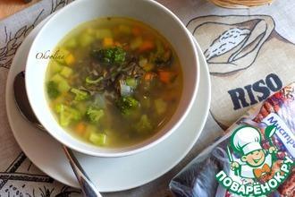 Суп с чёрным рисом и брокколи