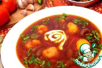 Суп свекольный с фасолью и гренками