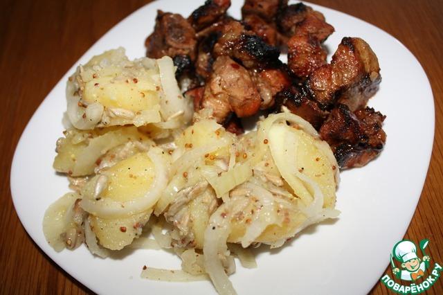 Очень вкусен такой салат с грильным мясом.   Угощайтесь!    Приятного аппетита!