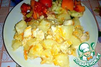 Тушеный картофель с курицей в сметане